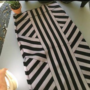 •BCBG MAXAZRIA• striped fitted bandage skirt
